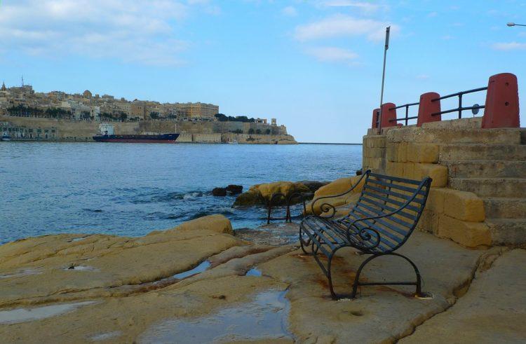 flight=accommodation-malta